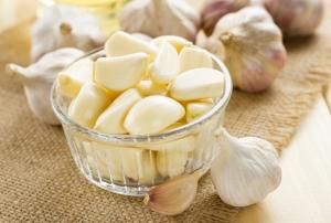 garlic V Well Health